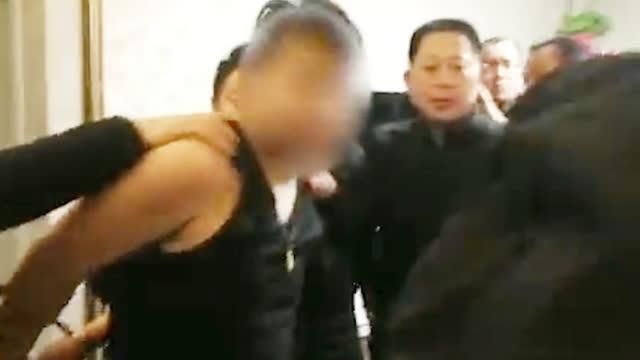 邢台无名女尸案嫌疑人抓捕视频曝光 警方:正做尸检一切等报告