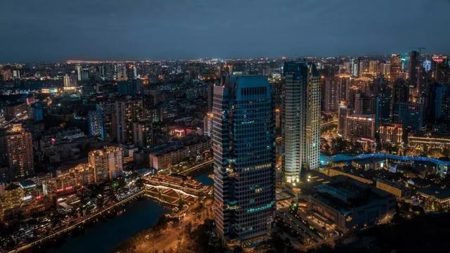 成都一村一大_四川最有前途的两座城市,经济增速都比成都高,总量相加超贵阳!