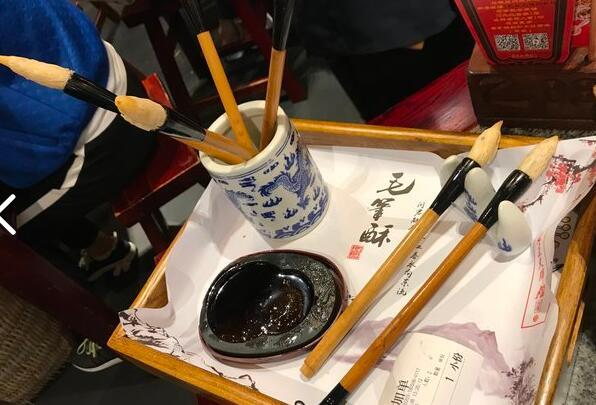 照片酥,油泼面,毛笔鸡,这里汇集了西安最著名的美食美食葫芦特色陕西图片