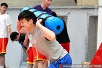 男篮体能训练表情狰狞