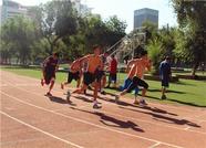 新疆男篮高温下练体能