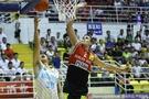 男篮争霸赛:新疆77-62立陶宛