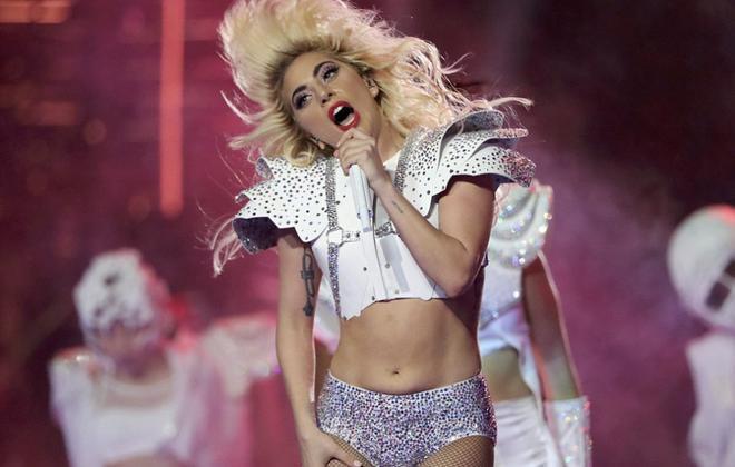 瘦了的Gaga离好身材还有段路