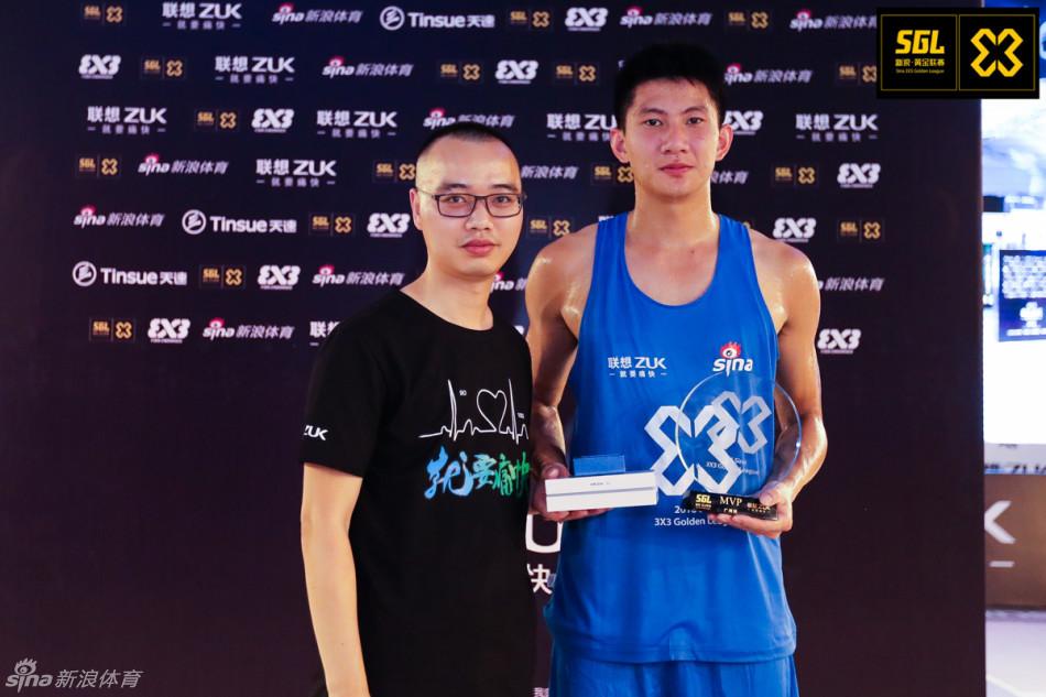 黄文威荣膺2016年黄金联赛广州站MVP