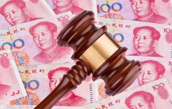上海无业小伙拿富婆包养费偷腥被监听 被告上法庭