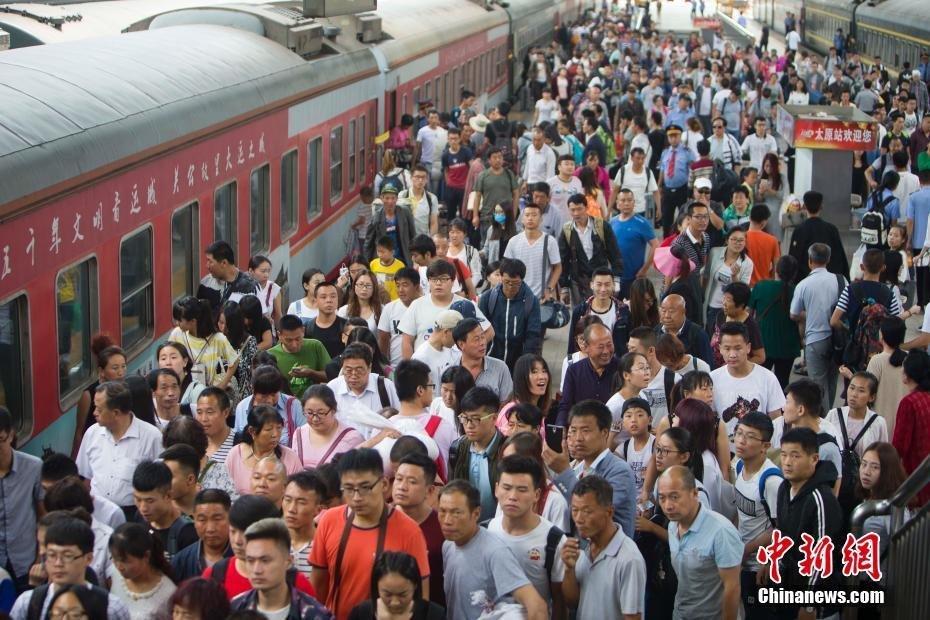 7月1日起暑运开始 哈铁预计运送旅客2480万人