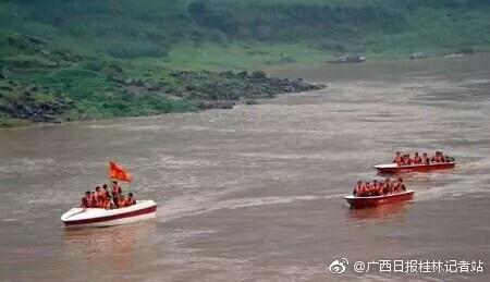 桂林平乐一施工人员失足落水失踪 当地持续搜救