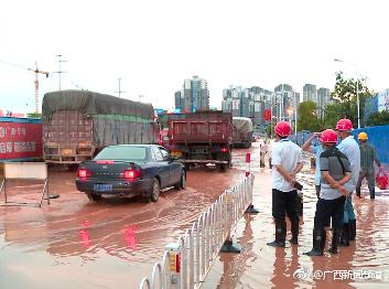 一场大雨后南宁又涝了 疑与工地施工有关