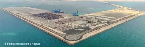 阿布扎比哈里发港二期码头