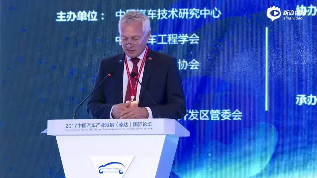 Joachim Damasky:有效的标准对于汽车安全非常重要