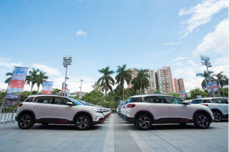 东风雪铁龙爆款SUV天逸 首批新车交付广州用户高清图片