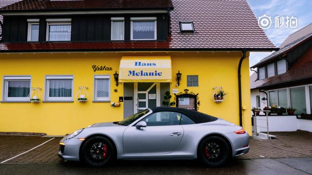 视频:德国不限速高速开保时捷911是什么体验?