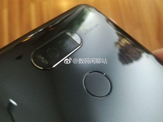 华为Mate 10真机图曝光:背面设计十分惊艳(图片来自于weibo)
