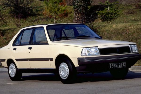 建国后第一款批量进口的雷诺轿车