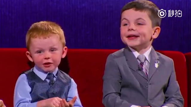 Cute!3-year-old American boy acts as a mayor