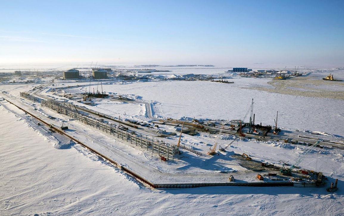 俄北极发现亿吨级油田!中国怒砸一千亿:归我!