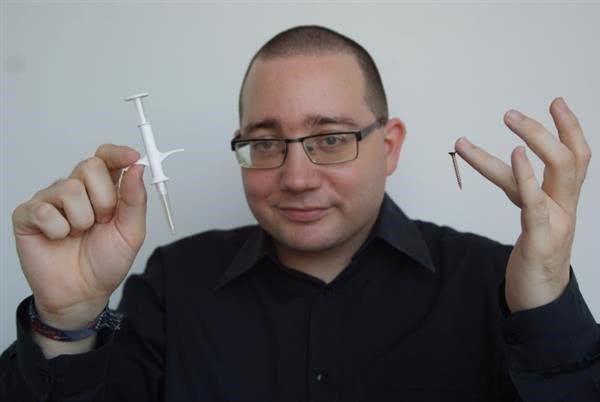 可植入芯片热潮来袭:你敢拿自己的身体当试验品吗?