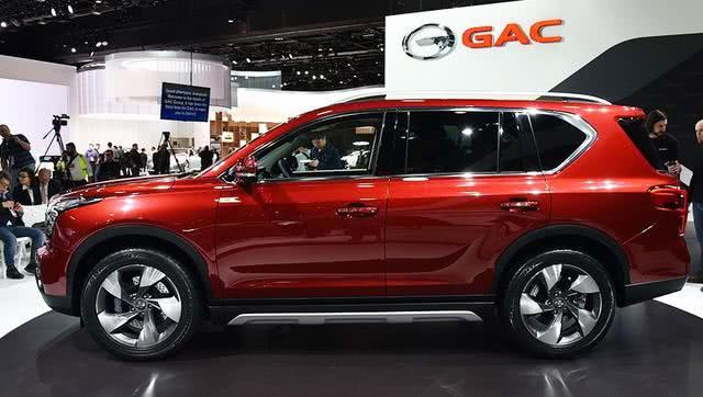不足15万元的SUV,舒适性和配置都还不错!外观霸气