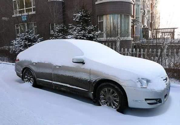 这才是冬天启动车的正确方法,老司机都不一定对,对发动机太伤了