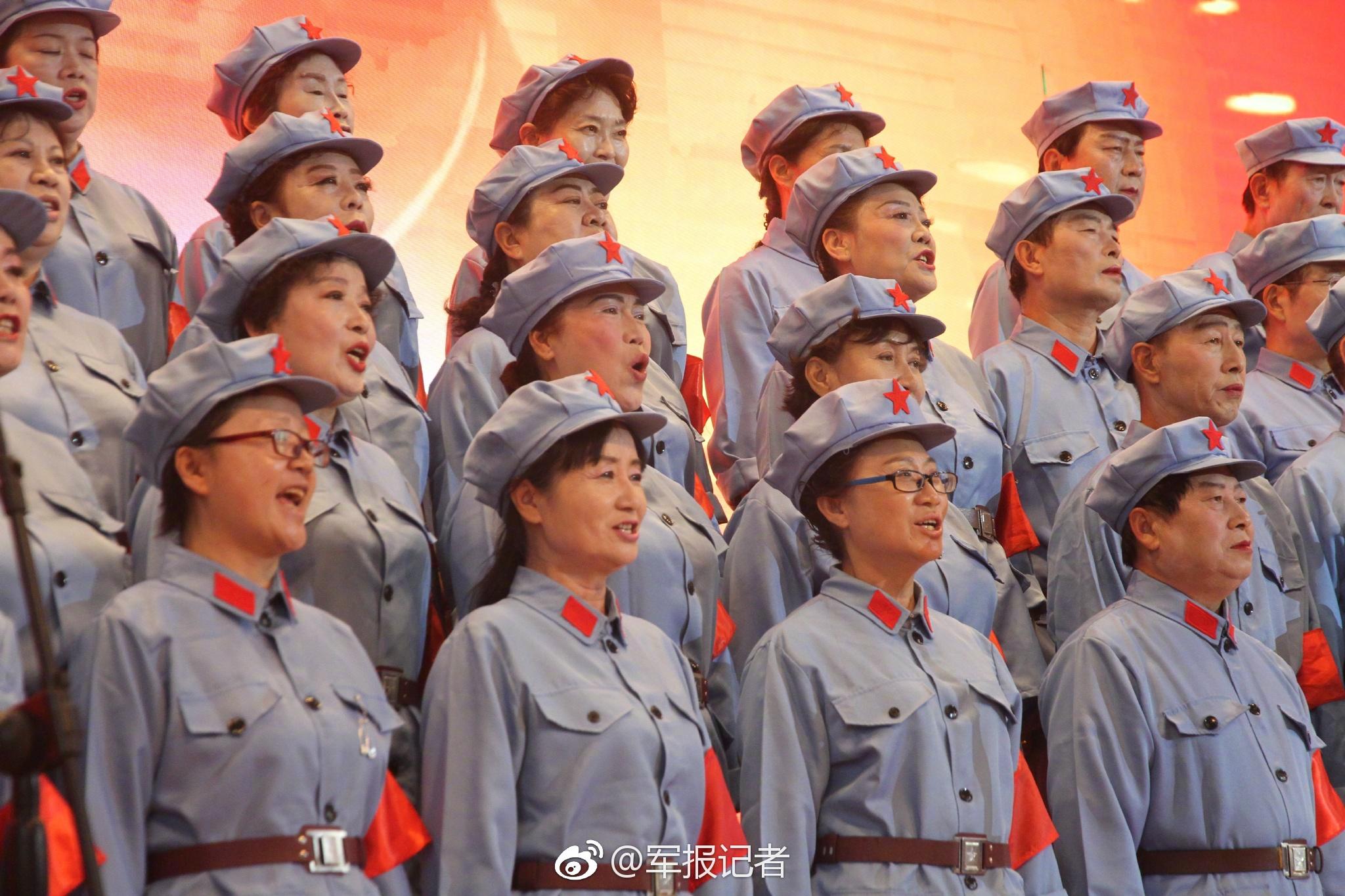 2019中国公开赛球星速绘画像之李张连伟