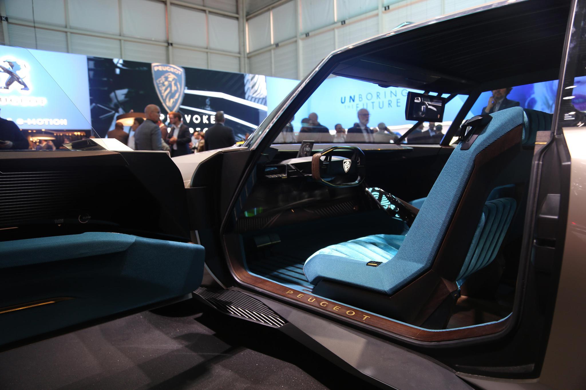 标致e-Legend纯电复古概念车,亮相2019日内瓦车展!
