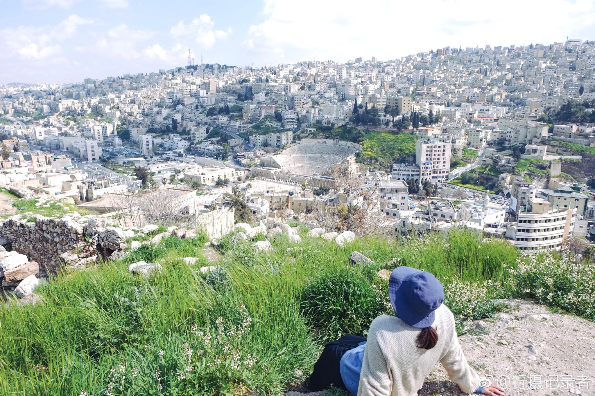 绿意盎然的约旦 满眼都是舒服的蓝天白云