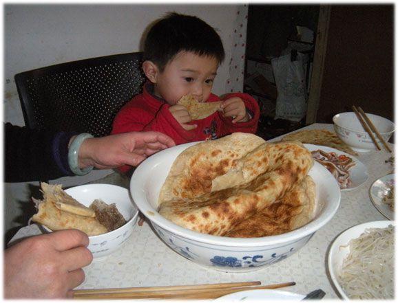 孩子脾胃不好?4种早餐千万别碰,容易引起积食!