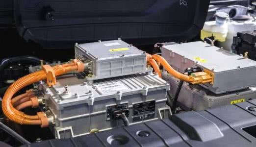 新能源汽车电池组寿命和质保是多长时间,平时要注意什么?