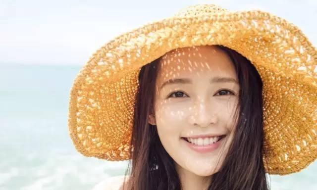 出道十年,李沁终于迎来事业巅峰,2019年新剧开启霸屏模式!