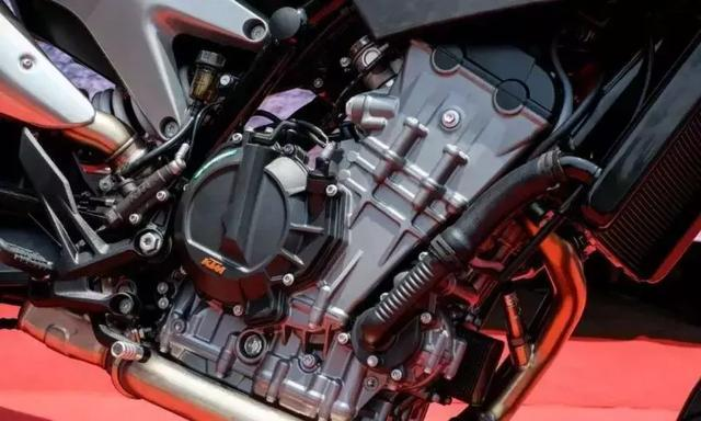 KTM要推出全新双缸跑车RC790了?可能还得等