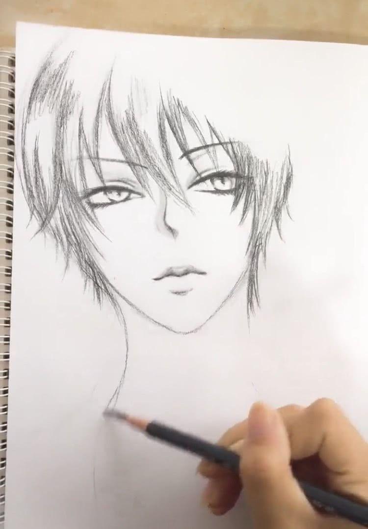 小姐姐一只铅笔画出二次元男主,女网友:梦想中男友的样子