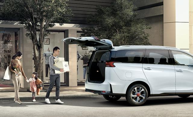买MPV时,千万别忽略了父母的需求,上汽MASUS G50让全家满意