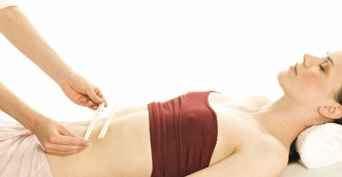 睡前导致肚子,拍打30天,肚腩溜走因为节食减肥坚持的脂溢性脱发图片