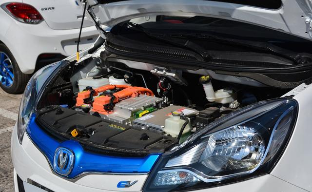 不到五万买纯电动车,大厂出品,每公里7分钱,比老年代步车强