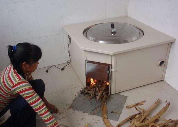 如今农村不用燃气了!流行这种新式灶台,干净节能,冬天图片