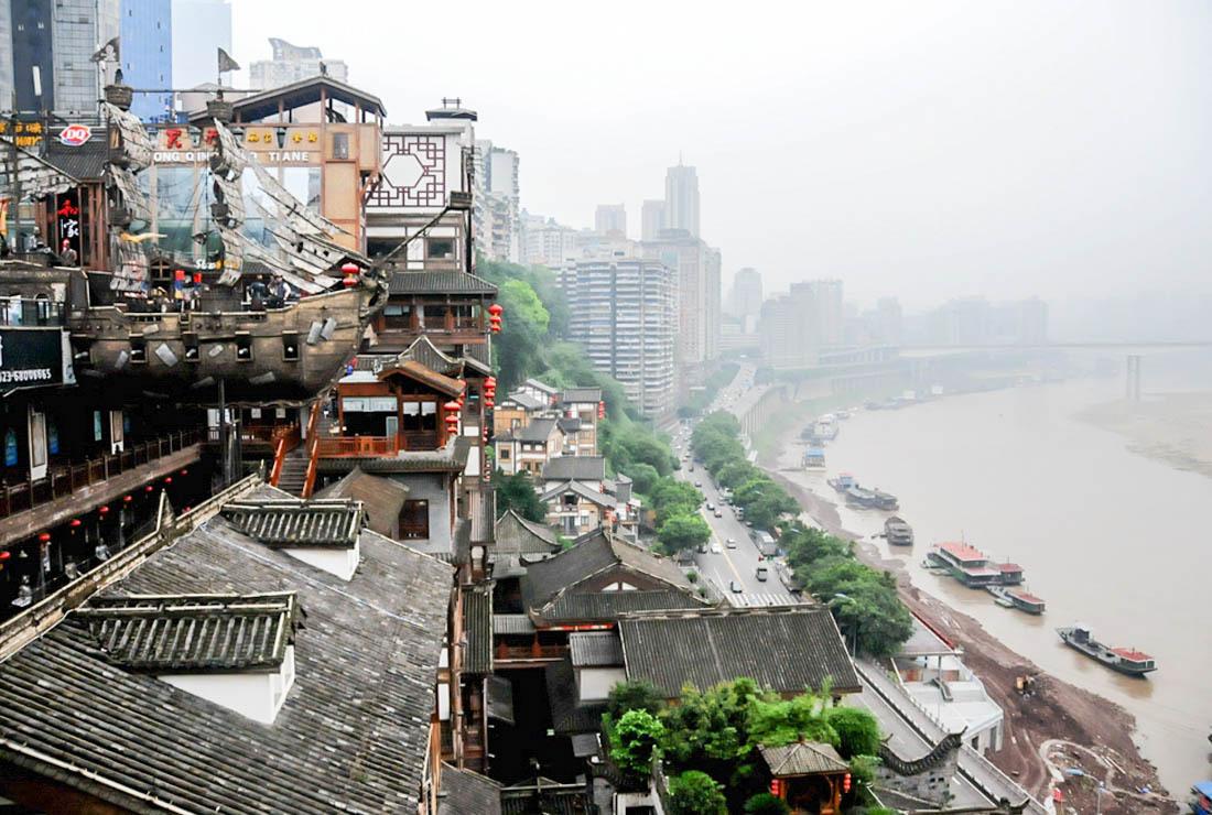 重庆网红景点洪崖洞要收票了 网友纷纷反对我的理解却不一样