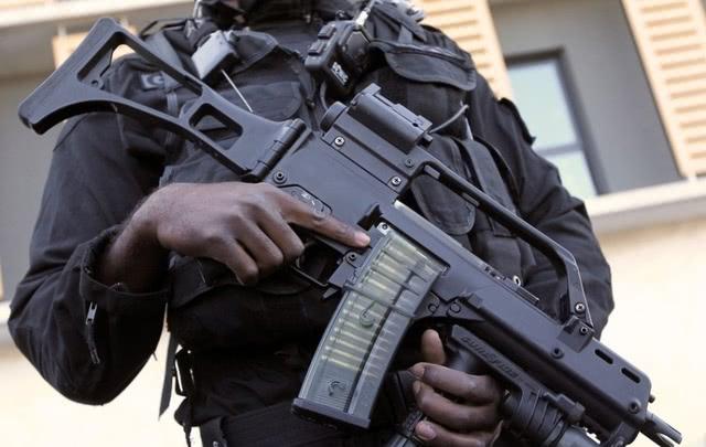 轻武器排行_步枪排名一览突击步枪强度排名突击步枪选择