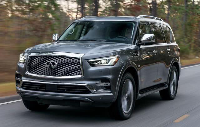 日产豪华大型SUV 车身5米3,V8发动机,大气还便宜