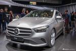 实拍|奔驰全新B级 最新家族造型/搭载MBUX系统