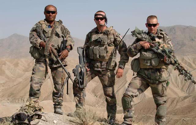 中国雇佣兵_为什么雇佣兵为了钱,可以与祖国作战,却从不与中国为敌?