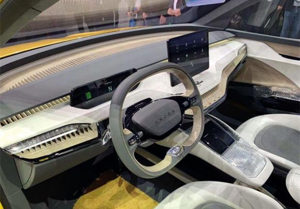 """斯柯达也爆发!全新""""轿跑SUV""""亮相,22寸轮圈,比宝马X4好看"""
