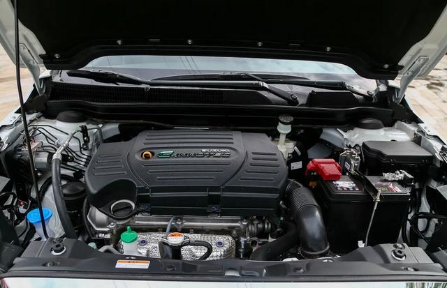 又一日系车倒下,标配ESP+6气囊,油耗5.3L,十万卖不动