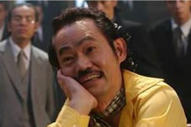 67歲元華生活近照:大器晚成53歲成影帝,如今生活落魄要領救濟