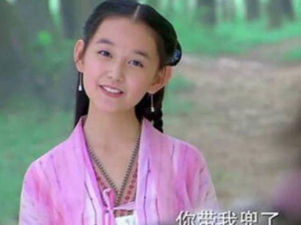初吻献给吴磊,16岁拍戏摔成重伤,如今整个娱乐圈都在等她