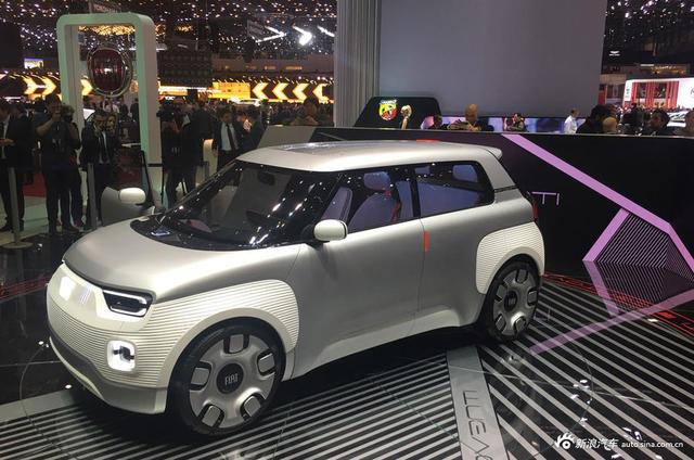 日内瓦车展:实拍菲亚特 Centoventi EV概念车