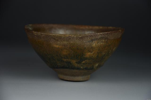 """不是出自五大名窑的瓷器却价值不菲,其中三件被日本奉为""""国宝"""""""