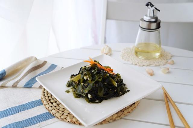 吃1斤它促进21斤菠菜,清肠减肥,延缓衰老,等于贵州电视台瘦身男女图片