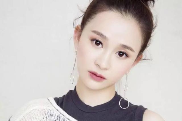 陈昱霖的咨询律师爆料称:女方曾说与吴秀波谈