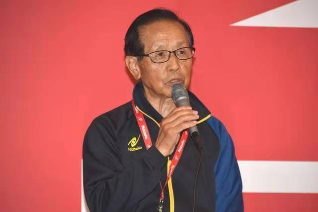 伊藤美诚还藏有独特技术,日本教练曾公开透露,却没能让国乒重视