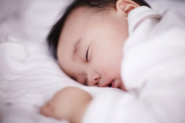 宝宝睡觉打呼噜,说明睡得香?也许情况会比你想象的更严重